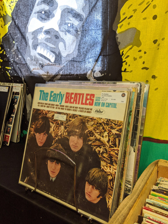 A Modern Vinyl Record Buying/Selling Guide