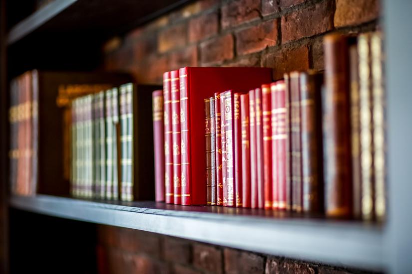 Biblioteca (5 von 19).jpg