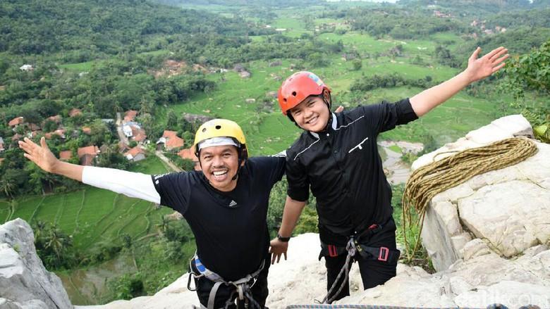 Pacu Adrenalin di Via Ferrata  Ini Tipsnya!  c8c4e21fca