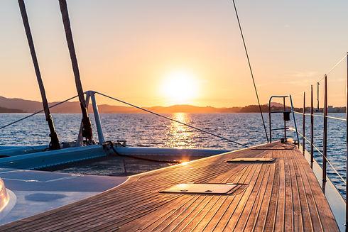 Sortie en mer catamaran coucher de soleil