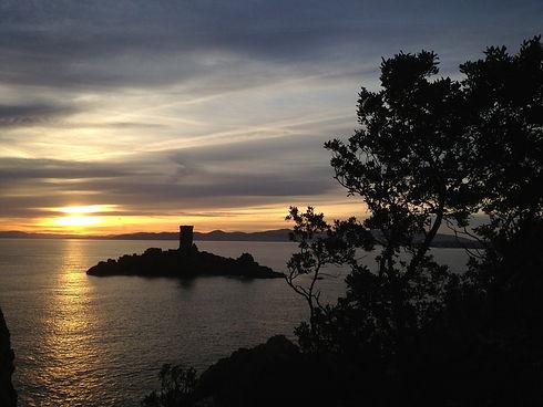 L'île d'Or de Saint-Raphaël coucher de soleil
