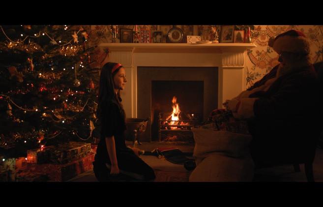 Dona Meets Santa In a Dream.