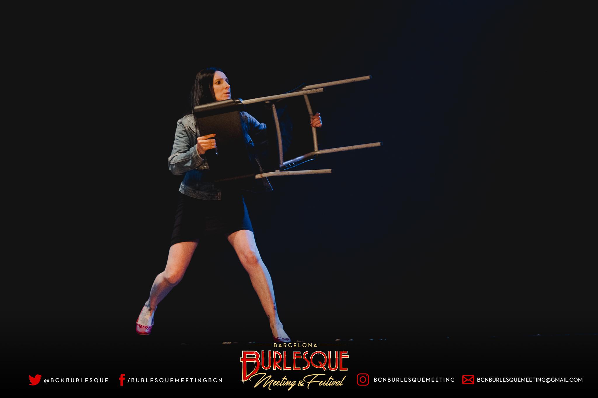 BURLESQUE-V-0119