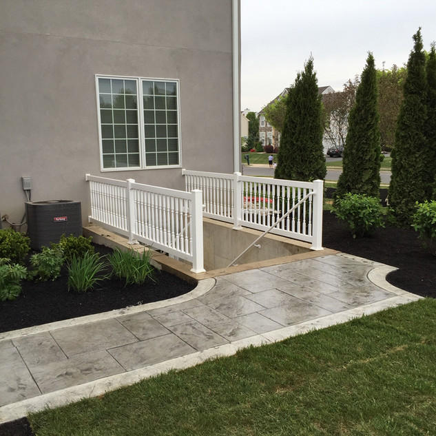 Old english slate- Silver with white bor