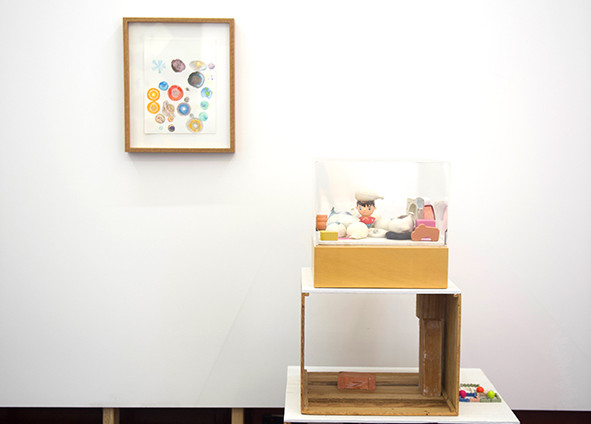 Katherine Huang Clay Balloons: no. 2, 2008, clay and found objects in vitrine
