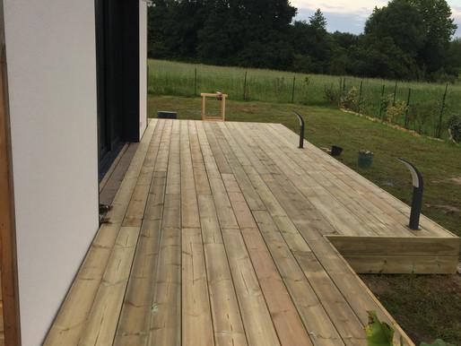 Réalisation d'une terrasse en bois sur Saint-Martin-de-Hinx
