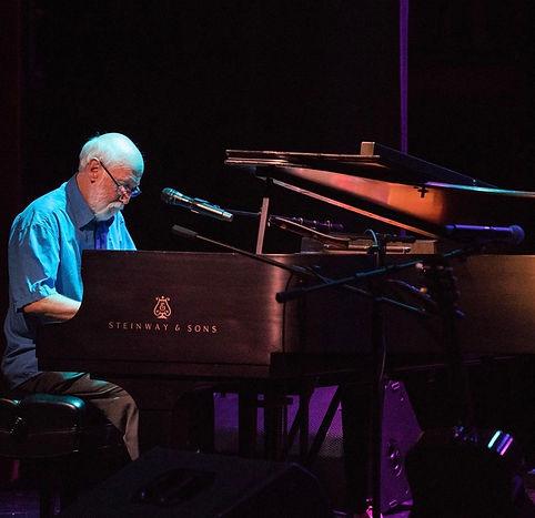 Alan in concert in Auburn California