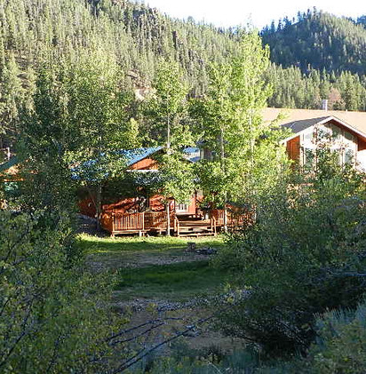 Riverside Cabin 20.jpeg