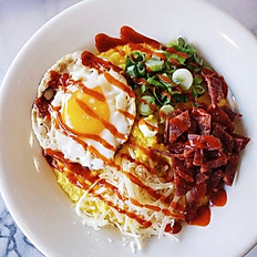 Loaded grits bowl