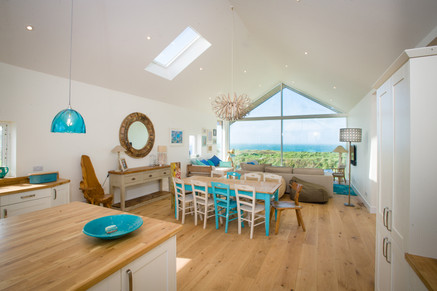Luxury holiday living with a view to the sea