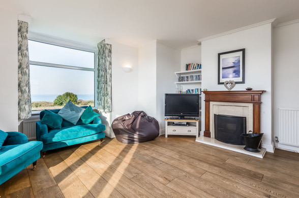 Stunning velvet turquoise sofas are just waiting to be enjoyed