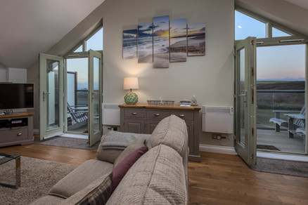 Showcasing Cornish artwork on the apex of the living space