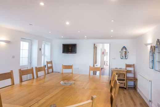 Large dining room, perfect for a Cornish feast