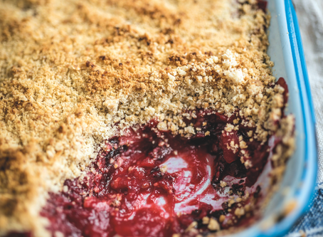 Dessert: Blackberry, Apple and Dulse Crumble