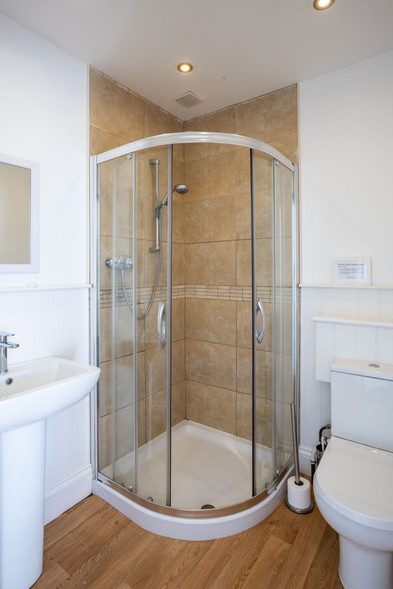 Who doesn't love a walk-in shower?