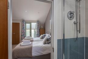 En-suite elegance in this twin room