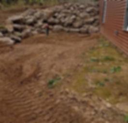 rocky retaining wall
