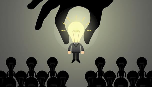 Encontrar talento: ¿Automatización vía plataformas o selección artesanal?