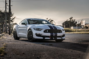 Ford Mustng GT350