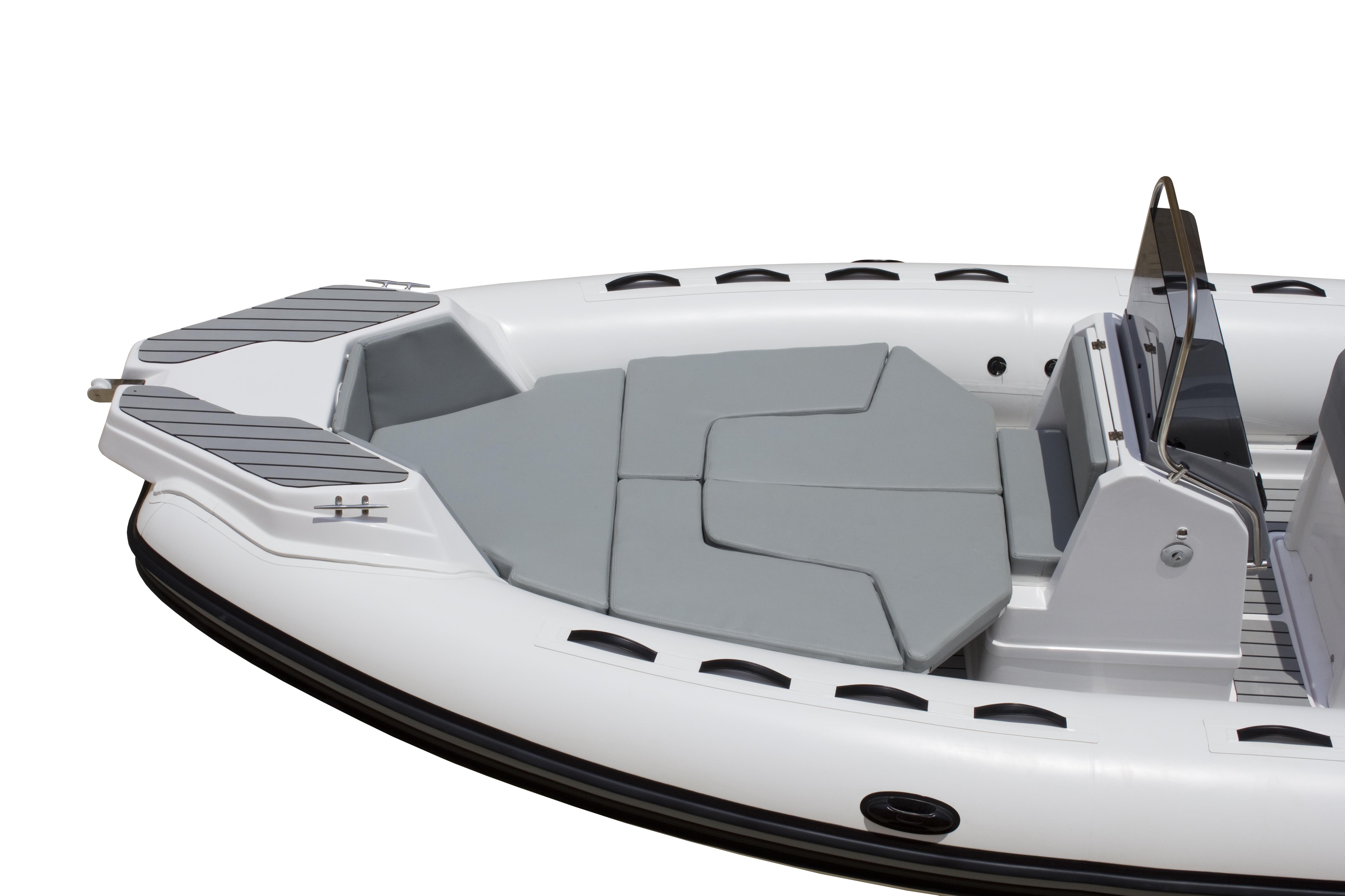 650TL-bow sundeck