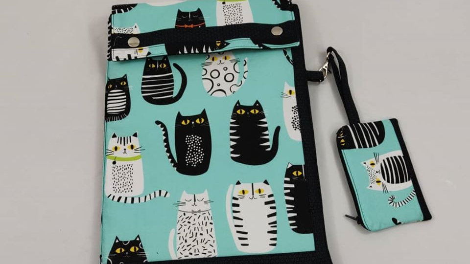 Turquoise Cats Laptop Sleeve & Zip Pouch