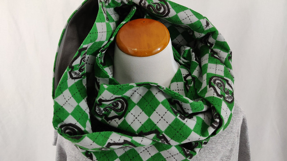 Infinity Scarf w/ Pocket - Slytherin