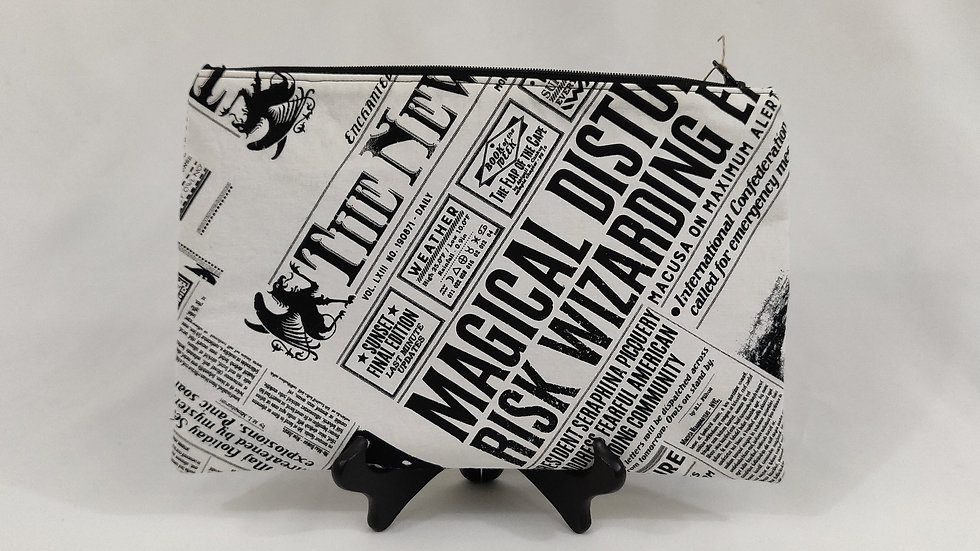 Harry Potter Newspaper Large Zip Pouch