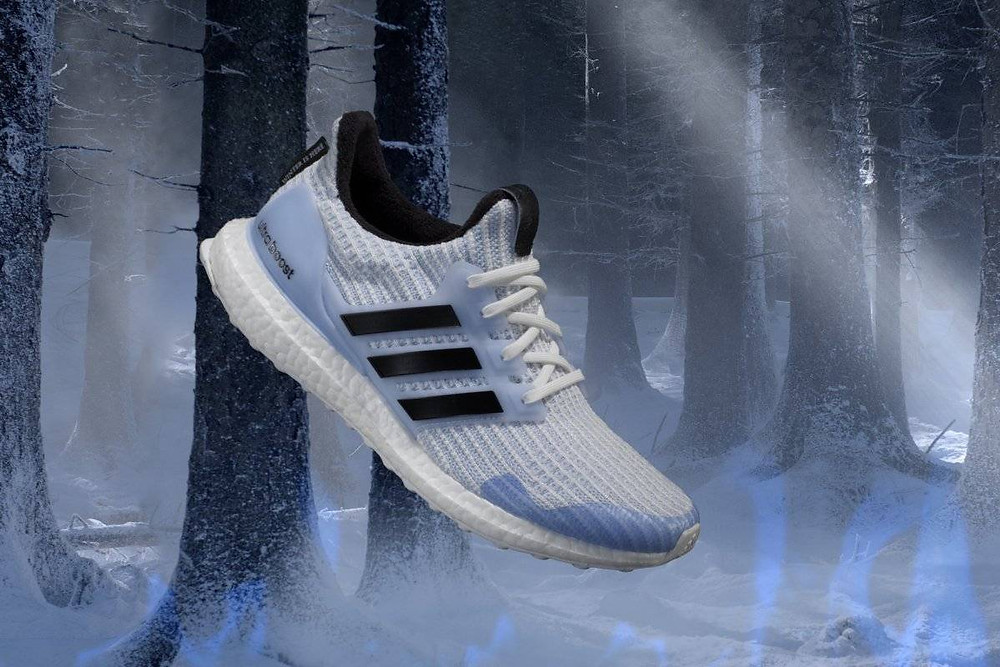 Tênis Adidas White Walkers