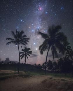 Observando El Cielo Desde Una Playa