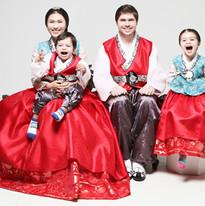 2014 Duong Khanh Van Family.jpg