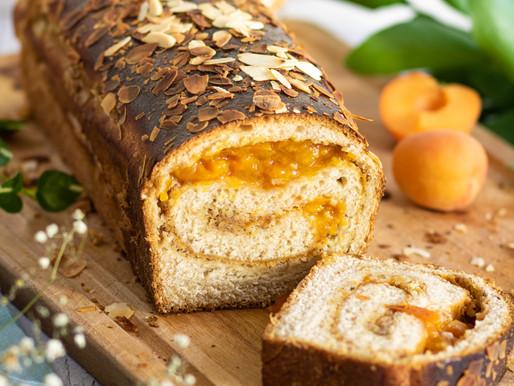Brioche à la crème d'amande et abricot