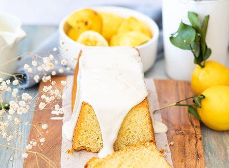 Cake au citron et son glaçage blanc sans sucre