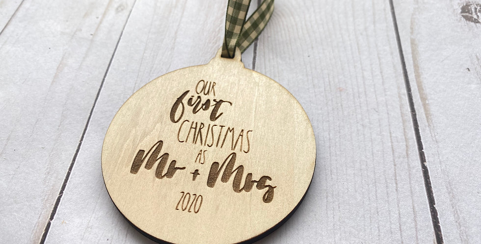 2019 - Mr+Mrs First Christmas