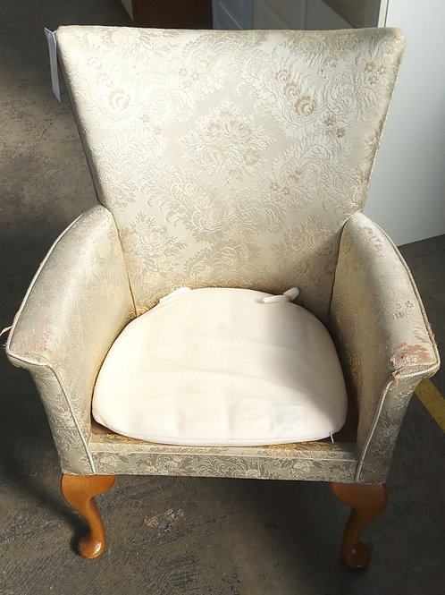 Sewing arm chair