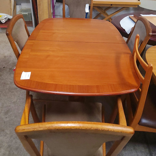 Macintosh Table and 4 Chairs