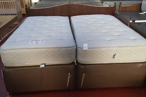 Super King Size Zip and Lock with Twin Mattress and Headboard