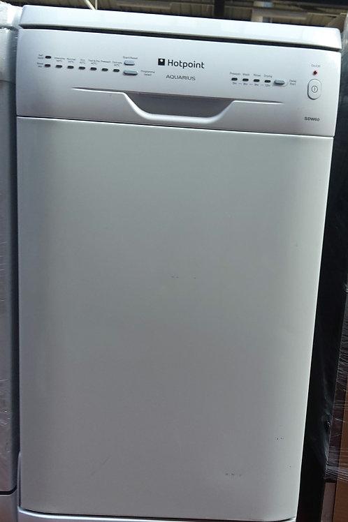 Hotpoint Dishwasher SDW60 Slimline (White)