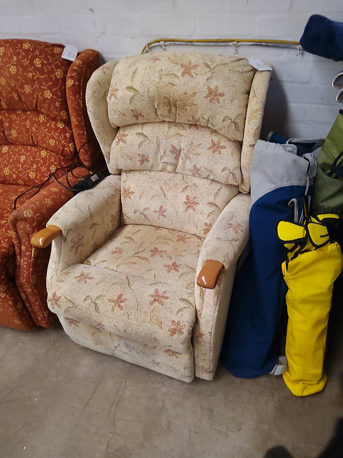 Floral Fabric Electric Recliner Chair