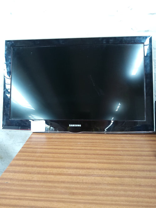 """32""""Samsung  with remote"""