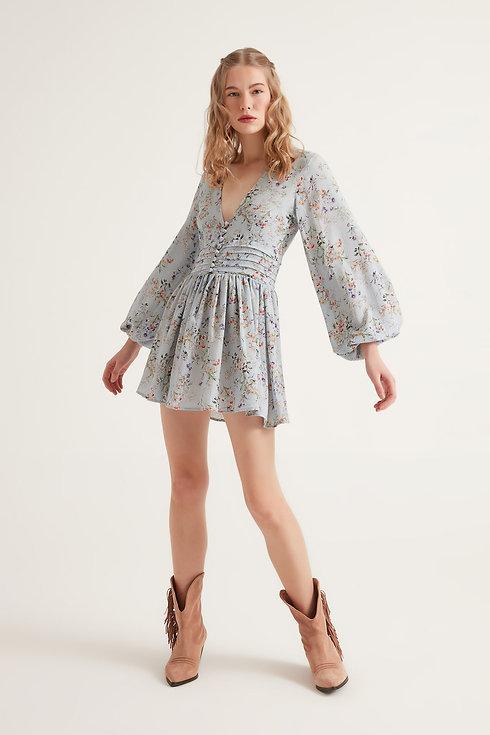 çiçekli mini elbise.jpg