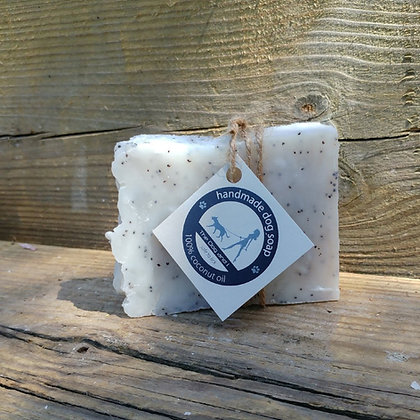 Natural Coconut Oil Soap Bar With Lavender and Poppy Seed for Dog and Horse 100g