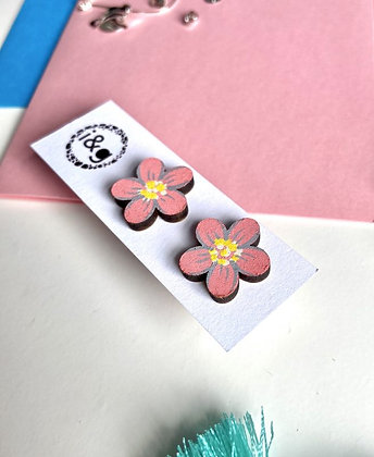 Hand-Painted Pink Daisy Stud Earring