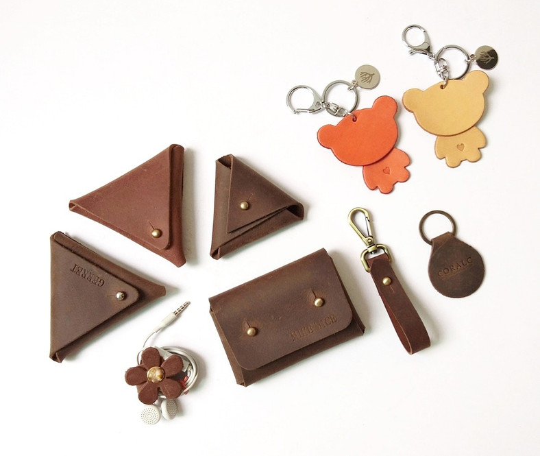 basic leather goods corporate gifts real