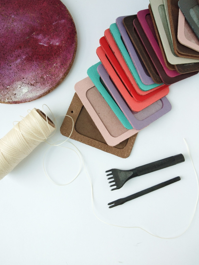 coralc_atelier_leather_diy_kit_id_holder