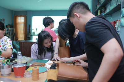 Coralc Atelier Leather Crafting Workshop Malaysia Hand Sewing Leather