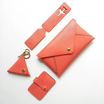 Gift in set_coralc_leathergoods_premium_