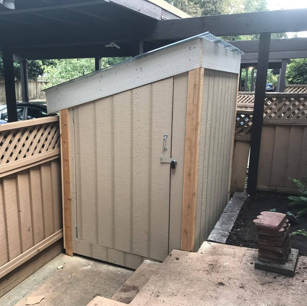 Small Shed (pre-paint)