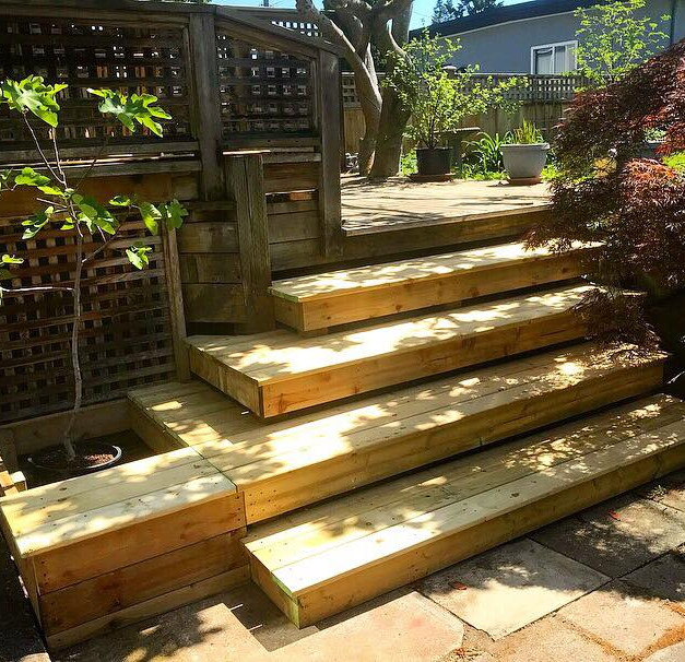 Replacement Stairs & Planter