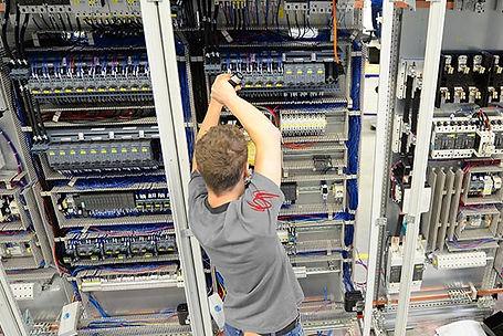 Industrieinstallationen Elektro Schneider