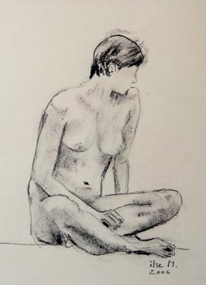 Sitzender Akt weiblich